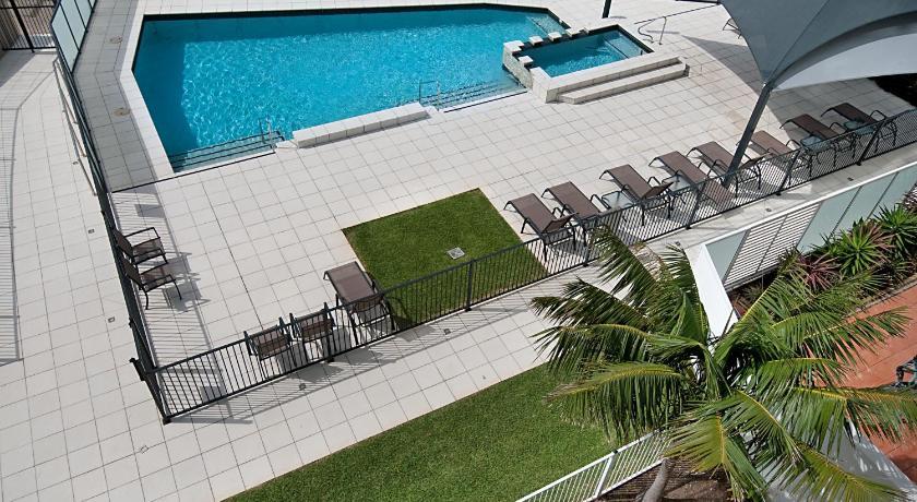 Condo Hotel South Pacific Plaza