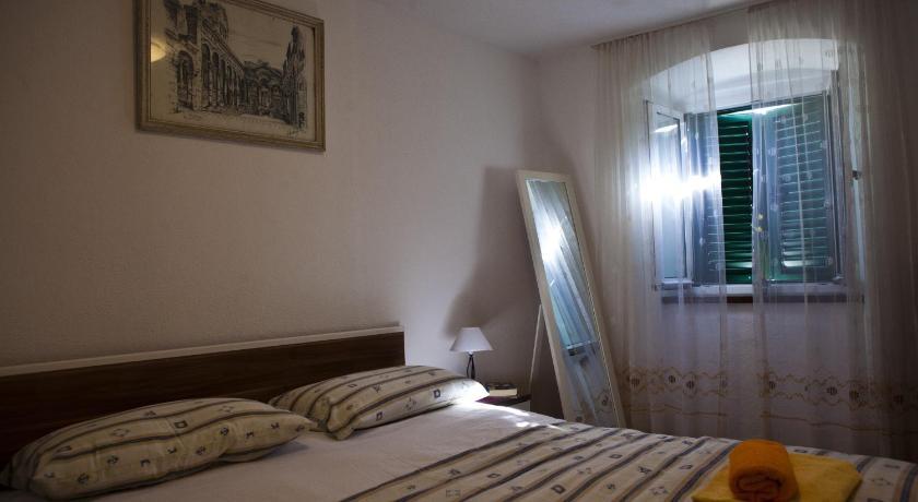 Apartment Zrinka (Split)