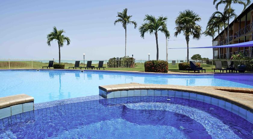 Condo Hotel Moonlight Bay Suites