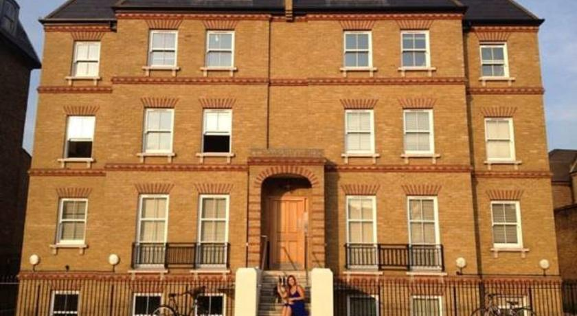London Escorts Near London Holiday Apartment