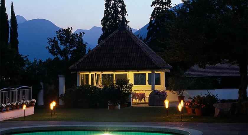 Pension Riedingerhof in Meran
