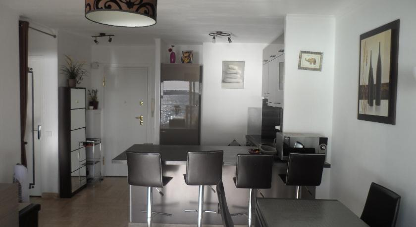 Home Rental Appartement Laugier (Cannes)