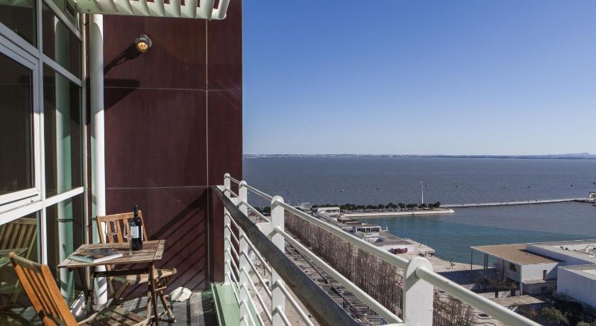 Rent4Rest Lisbon Expo Apartment River View (Lissabon)