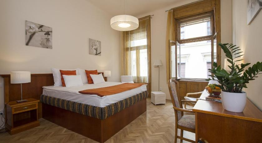 City Center Bastya street apartment (Budapest)