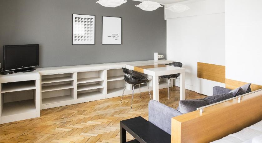 Accommodo Apartaments Emilii Plater (Warschau)