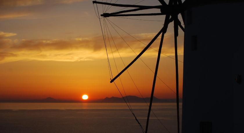 Golden Sunset Villas, Villa, Oia, Santorini, 84702, Greece