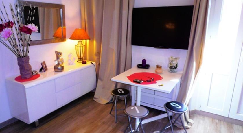 Neotelia Properties Vieux Port (Cannes)
