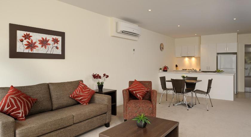 Apartment Apts @ Glen Central ViQi