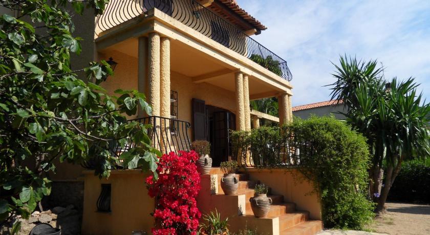 Villa Amphores (Cannes)