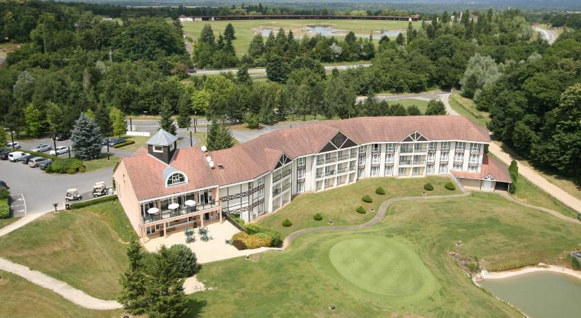 Golf hotel mont griffon luzarches france for Hotel disponible autour de moi