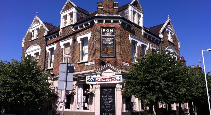 London Escorts Near Forest Gate Hotel