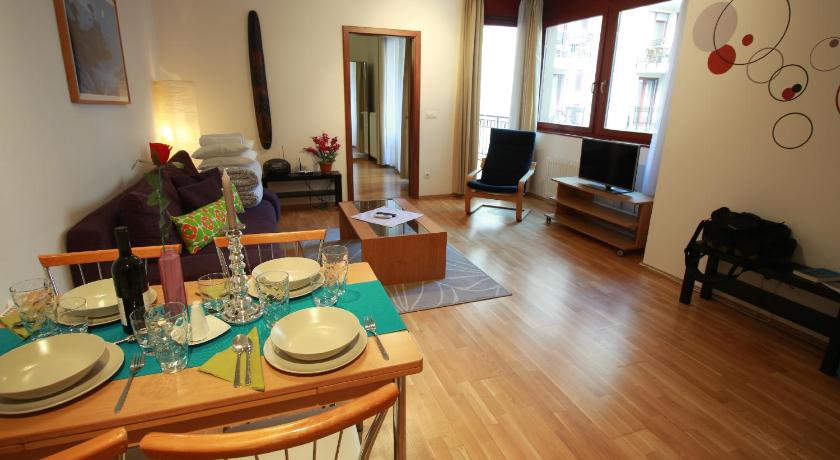 Rose Serviced Apartments (Budapest)