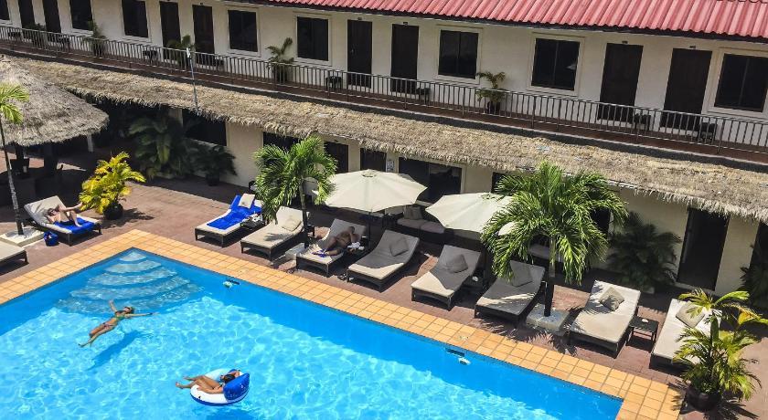 http://r-ec.bstatic.com/images/hotel/840x460/457/45701073.jpg