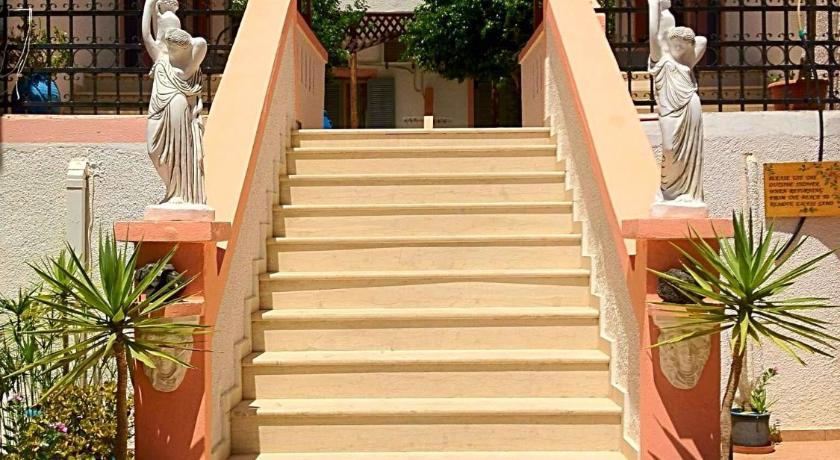 Palmira Apartments, Apartment, Ierapetras-Siteias, Makrys Gyalos 72055, Greece