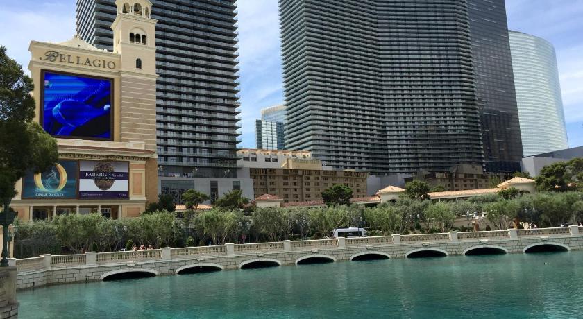 Jockey Resort Suites (Las Vegas)