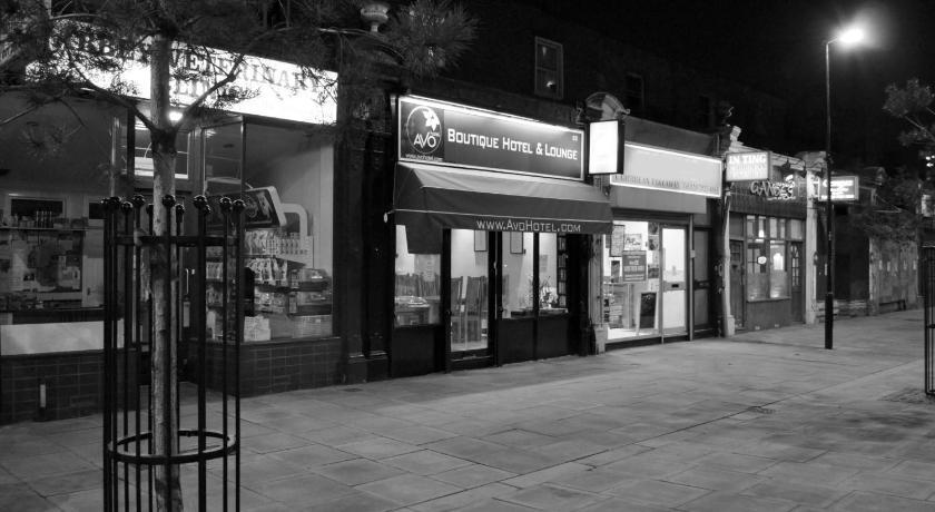 London Escorts Near Avo Hotel