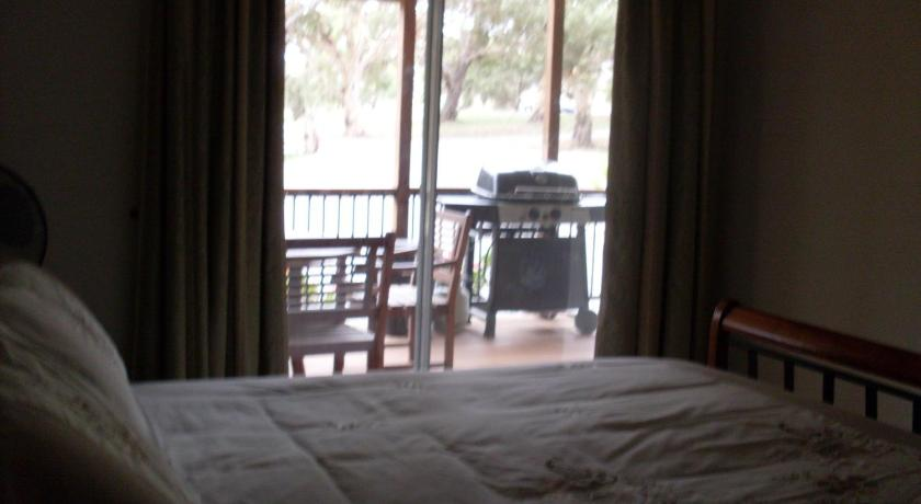 Lazy Days B&B Cottage