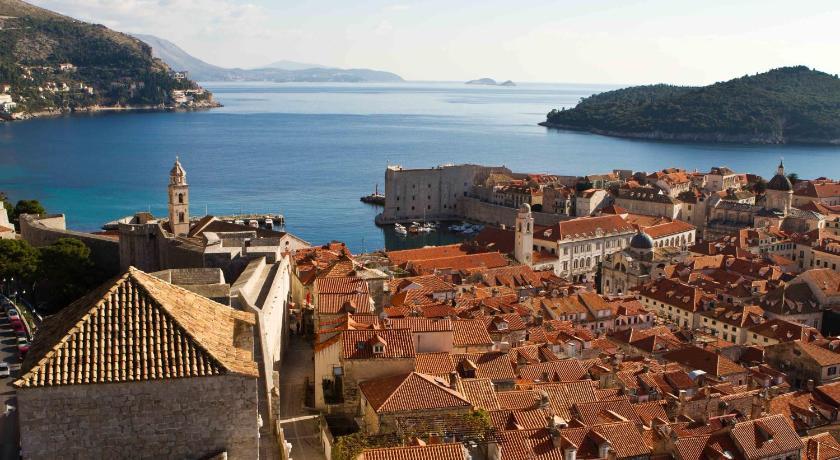 Apartment Palace (Dubrovnik)