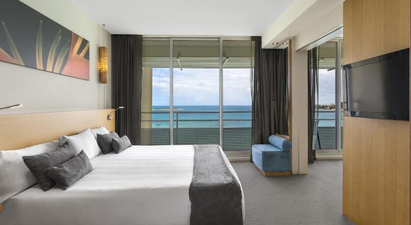 ニューカレドニア,ヌメア,シャトー ロイヤル ビーチ リゾート & スパ(Chateau Royal Beach Resort & Spa)