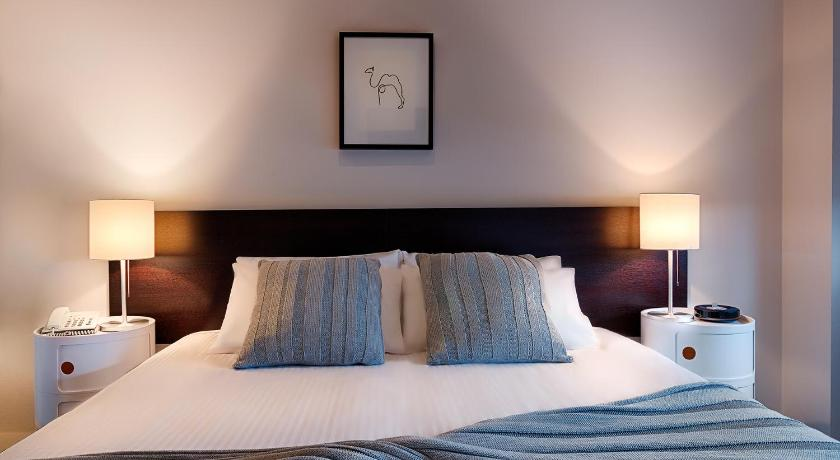 Condo Hotel Caroline Apartments Brighton
