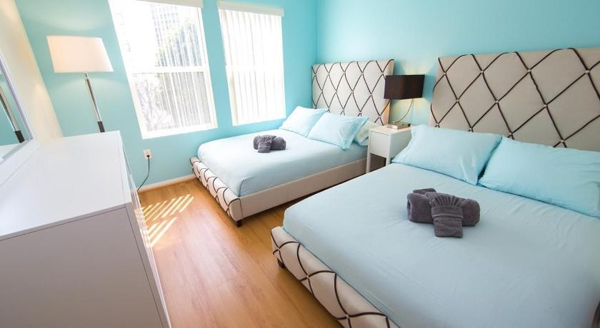 LA Luxury Vacation Apartment Unit 2E (Los Angeles)