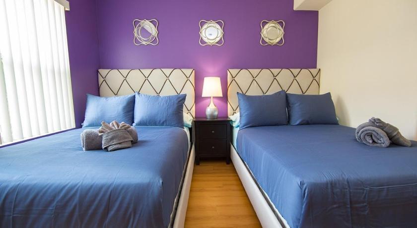 LA Luxury Vacation Apartment Unit 2H (Los Angeles)