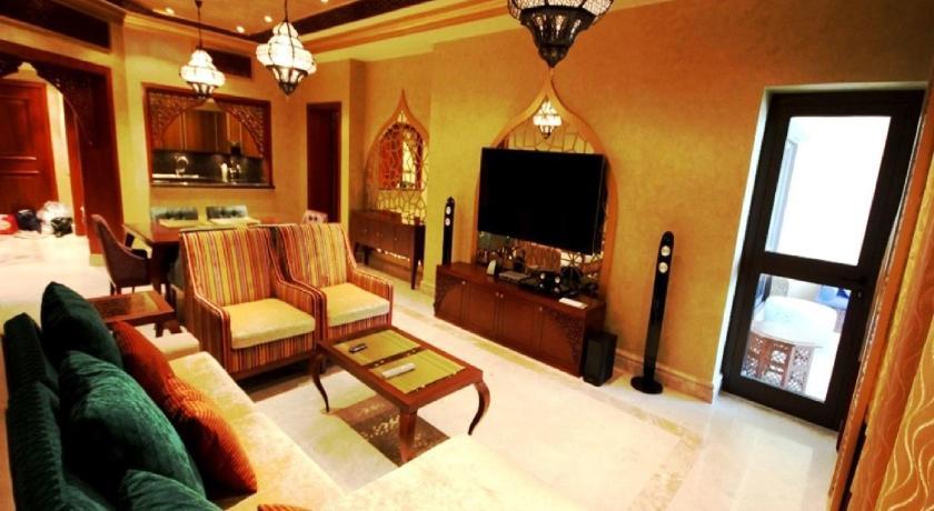 Zenith- Palm Jumeirah