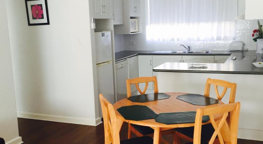 Madalena Holiday Apartments