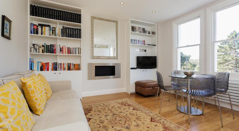 London Escorts Near Apartment Fulham Palace Road -Fulham