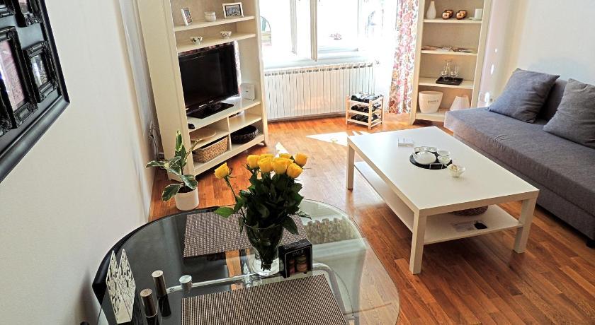 Charles Bridge Apartment (Prag)