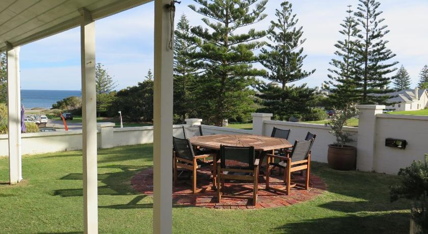 Vacation Home Cottesloe Beach House