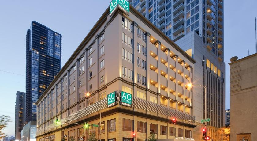 Best deals for ac hotel chicago downtown usa for Best hotel deals downtown chicago