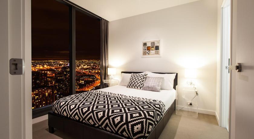 Luxury Sky View Apartment
