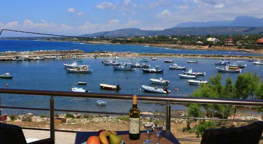 Faros Luxury Suites, Hotel, Marathopoli, Messinia, 24400, Greece