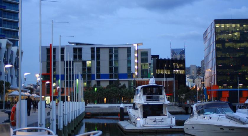 Docklands Hotels