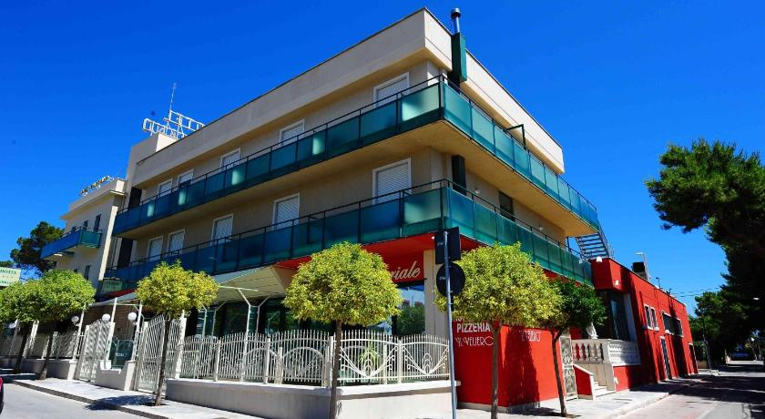 Hotel gabbiano manfredonia italy for Reservation hotel italie
