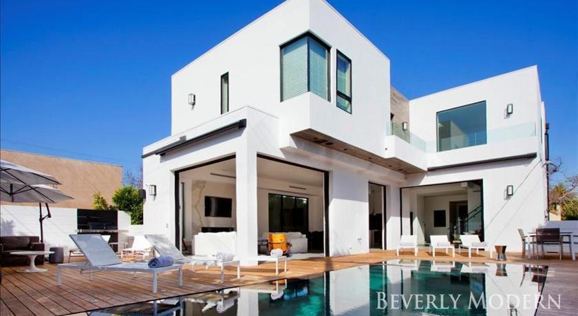 Los Angeles Modern Villa Estate by Joprile Inc (Los Angeles)