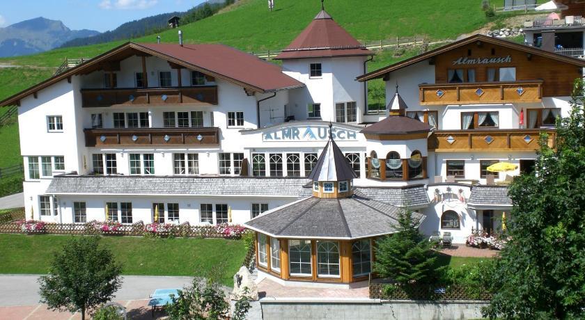 Berghotel Almrausch (Berwang)