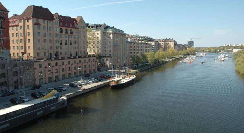 Hotell M/S Monika (Stockholm)