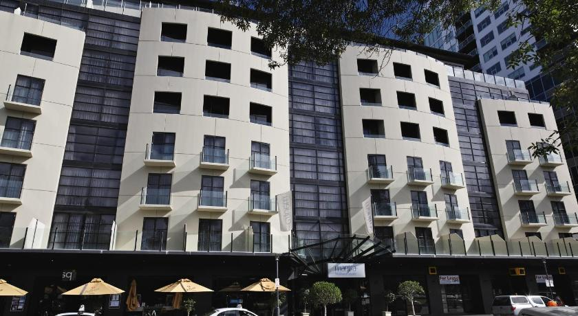 Hotel Mantra Hindmarsh Square