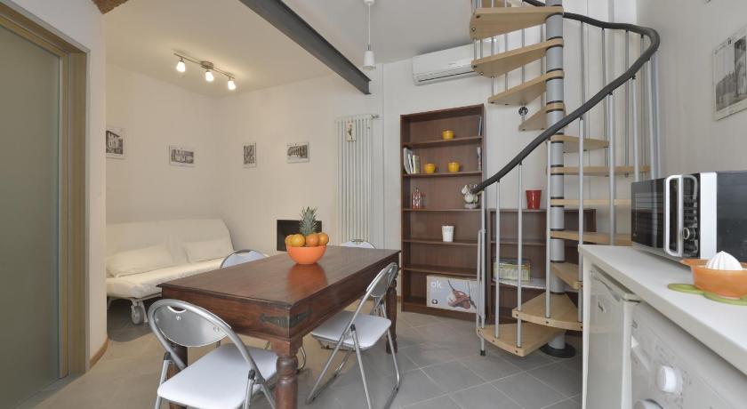 Massarenti Halldis Apartment (Bologna)