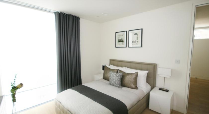 London Escorts Near Smart City Apartments Oxford Street