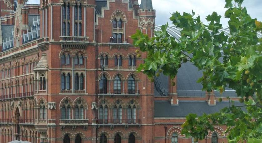 London Escorts Near The Belgrove Hotel