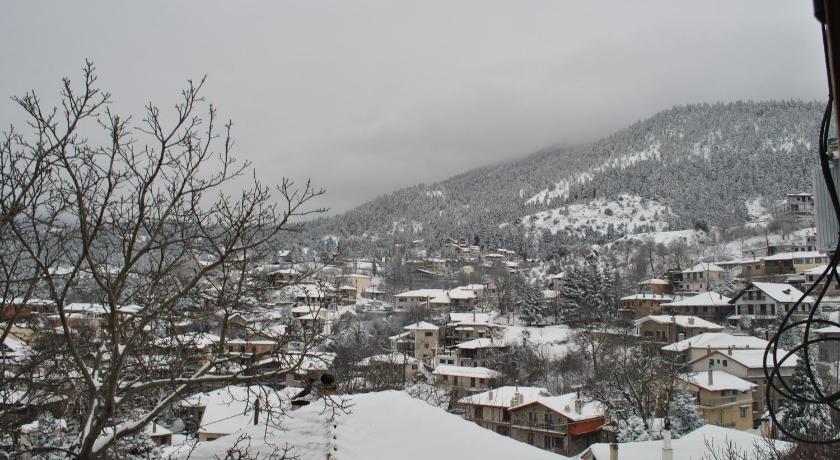 To Balkoni Tis Agorianis, Hotel, Eptalofos (Agoriani) Parnassos, 33057, Greece