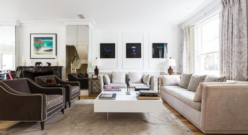 London Escorts Near onefinestay - Fulham apartments II