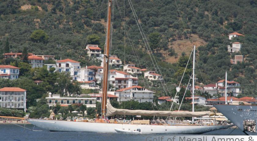 Eye Q Resort, Hotel, Megali Ammos, Skiathos, 37002, Greece