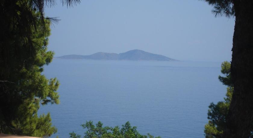 Maria Studios, Hotel, Patitiri, Santorini Island, 37005, Greece