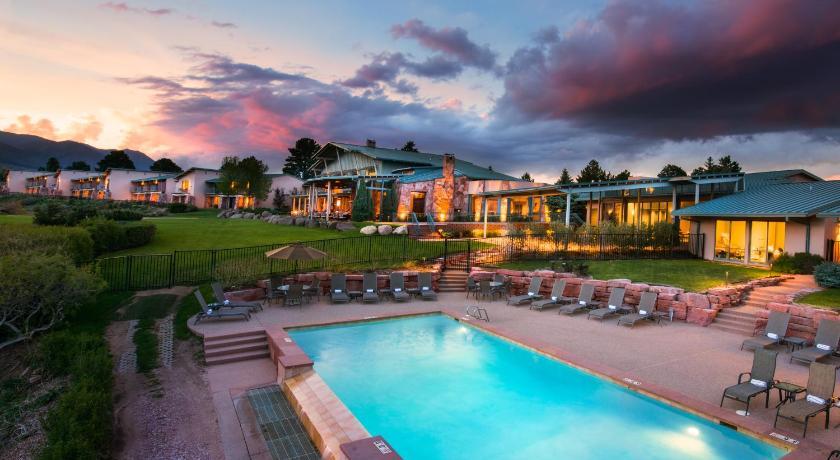 Garden Of The Gods Club Resort Colorado Springs Co