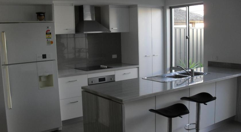 Vacation Home Yanchep Beach Townhouse