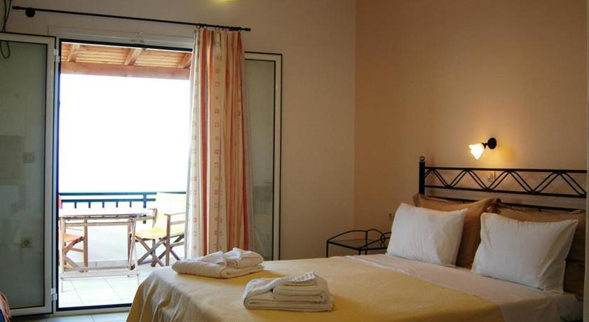 Studios Maniati, Hotel, Elafonisos, Lakonia, 23053, Greece